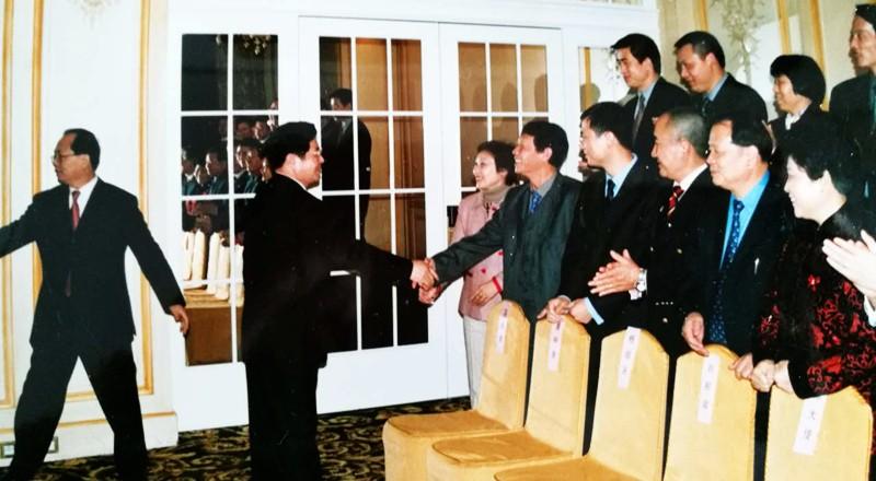 会见国家主席胡锦涛
